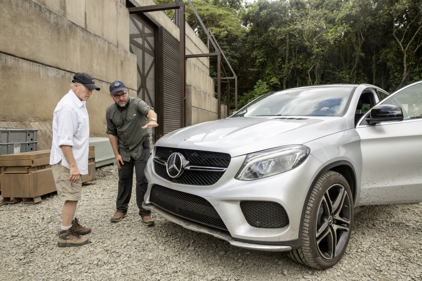 Mercedes-Benz GLE Coupe to star in <em>Jurassic World</em> Image #341043