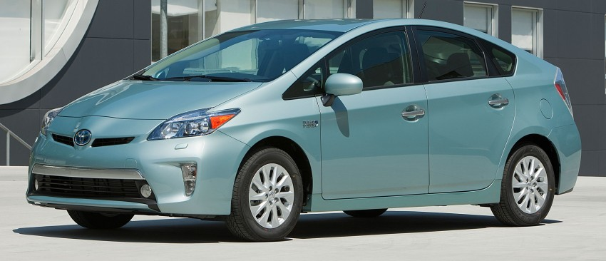 2015 Toyota Prius Plug-in Hybrid production ends Image #335315