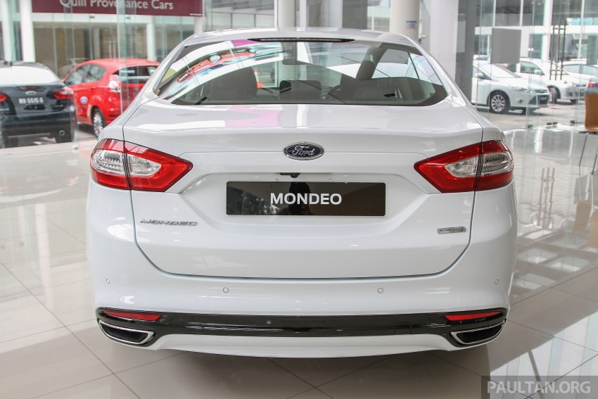 GALLERY: 2015 Ford Mondeo in the showroom Image #337379