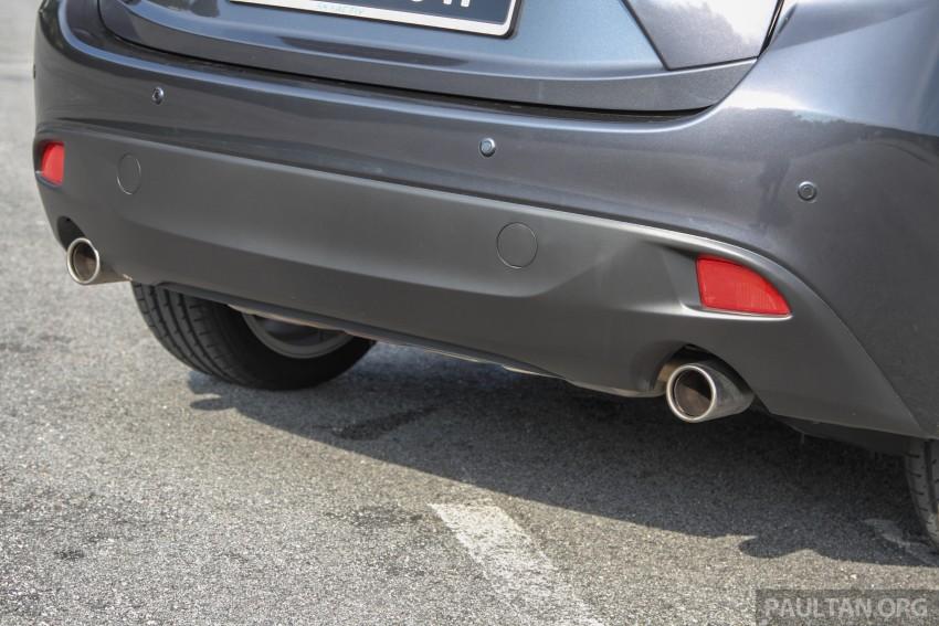 GALLERY: 2015 Mazda 3 CKD – Sedan vs Hatchback Image #337704
