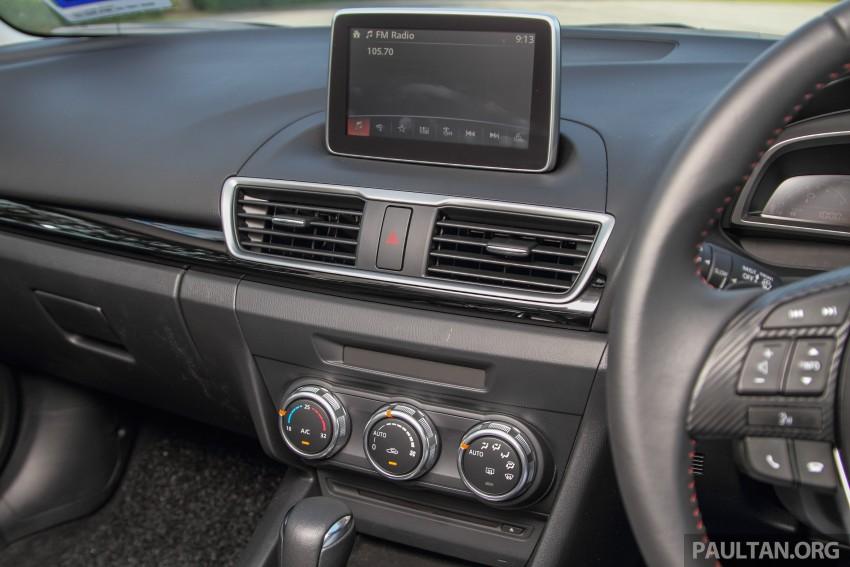 GALLERY: 2015 Mazda 3 CKD – Sedan vs Hatchback Image #337710