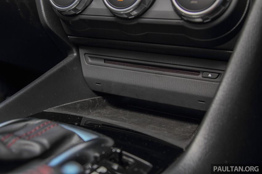 GALLERY: 2015 Mazda 3 CKD – Sedan vs Hatchback Image #337716