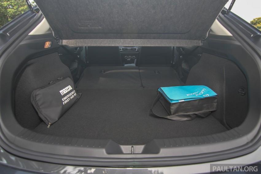 GALLERY: 2015 Mazda 3 CKD – Sedan vs Hatchback Image #337738