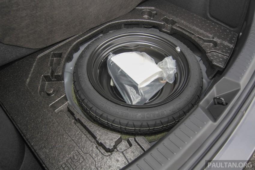 GALLERY: 2015 Mazda 3 CKD – Sedan vs Hatchback Image #337741