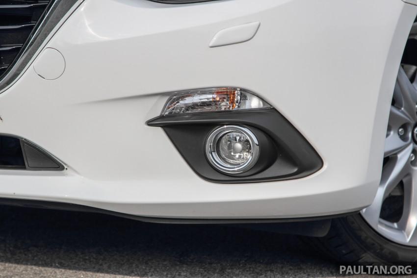 GALLERY: 2015 Mazda 3 CKD – Sedan vs Hatchback Image #337751