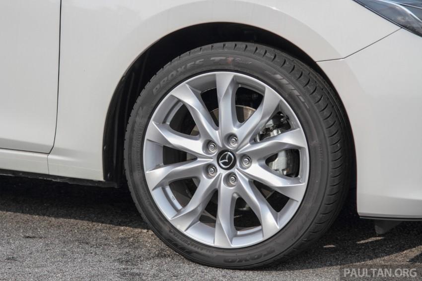 GALLERY: 2015 Mazda 3 CKD – Sedan vs Hatchback Image #337757