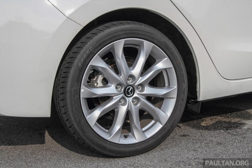GALLERY: 2015 Mazda 3 CKD – Sedan vs Hatchback Image #337760