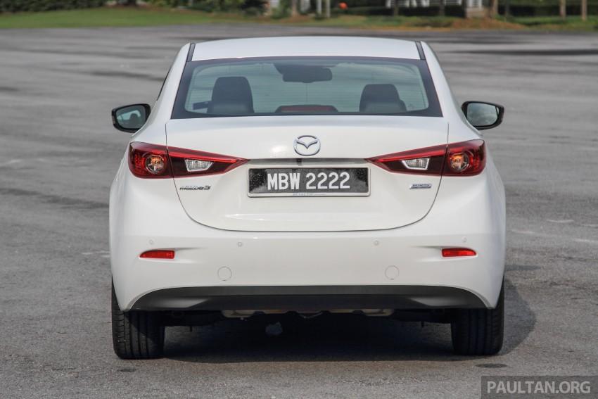 GALLERY: 2015 Mazda 3 CKD – Sedan vs Hatchback Image #337761
