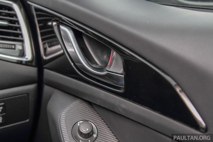 GALLERY: 2015 Mazda 3 CKD – Sedan vs Hatchback Image #337787