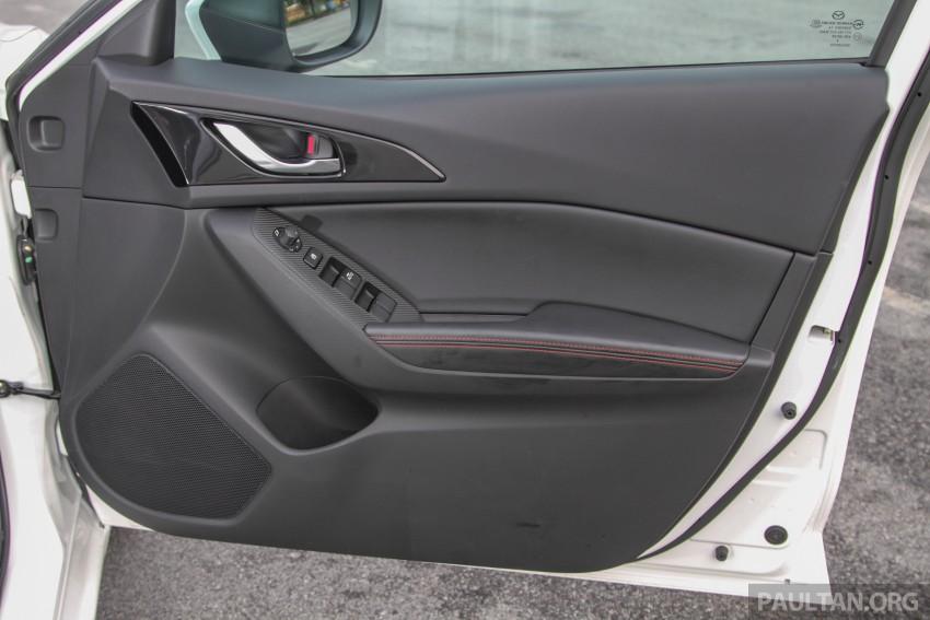 GALLERY: 2015 Mazda 3 CKD – Sedan vs Hatchback Image #337793