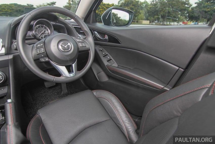 GALLERY: 2015 Mazda 3 CKD – Sedan vs Hatchback Image #337800