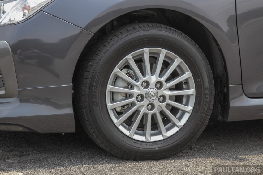 GALLERY: 2015 Toyota Camry – 2.0G or 2.5 Hybrid? Image #337944
