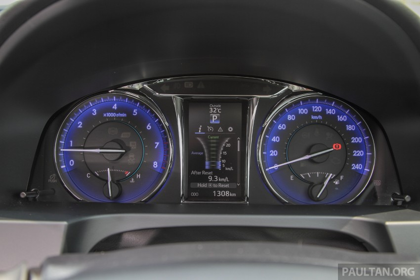 GALLERY: 2015 Toyota Camry – 2.0G or 2.5 Hybrid? Image #337961