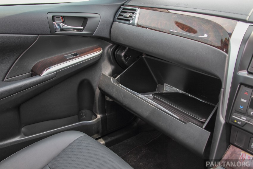 GALLERY: 2015 Toyota Camry – 2.0G or 2.5 Hybrid? Image #337974