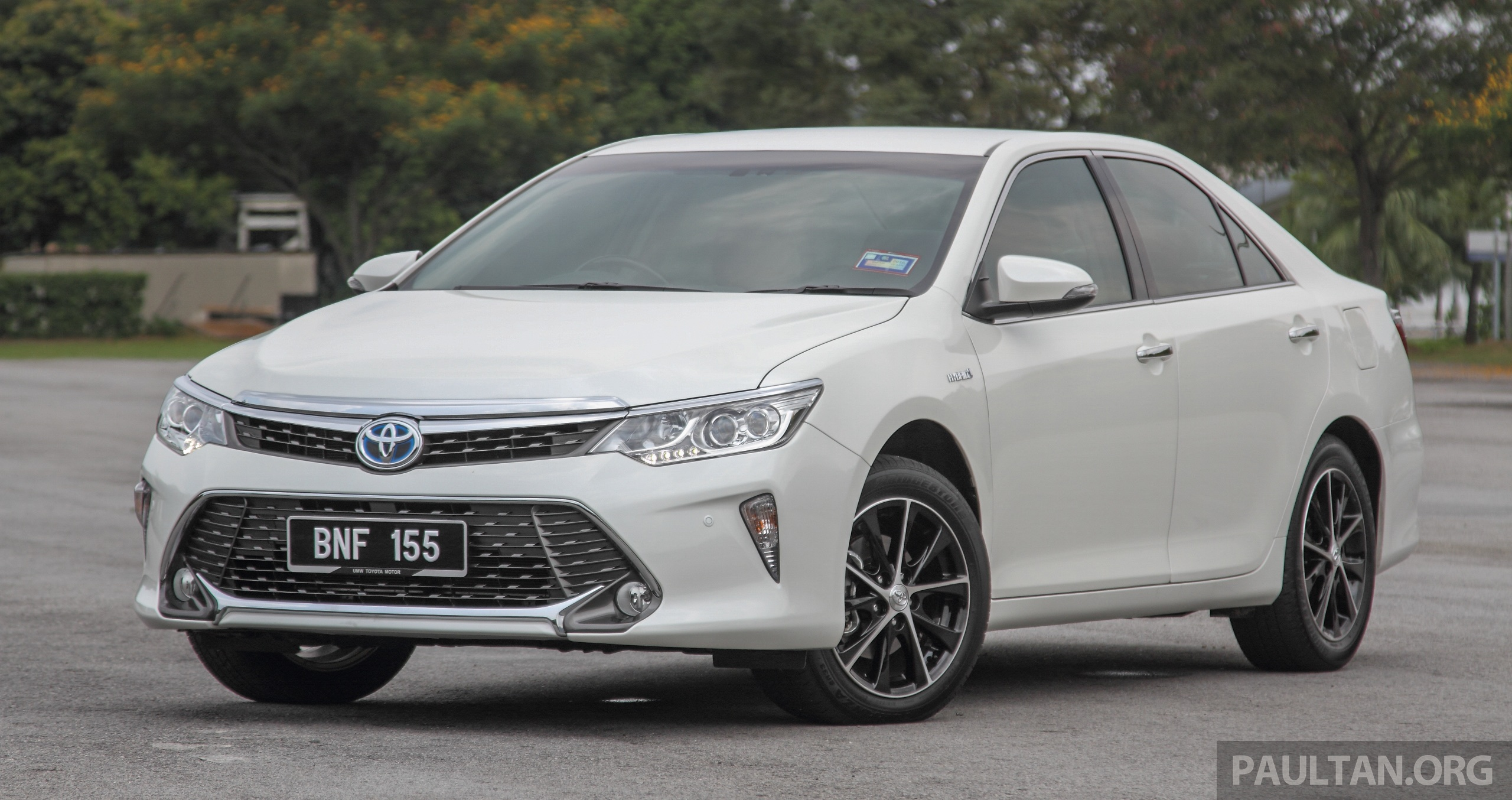 Toyota Camry Hybrid Price Unchanged For 2016 Paultan Org