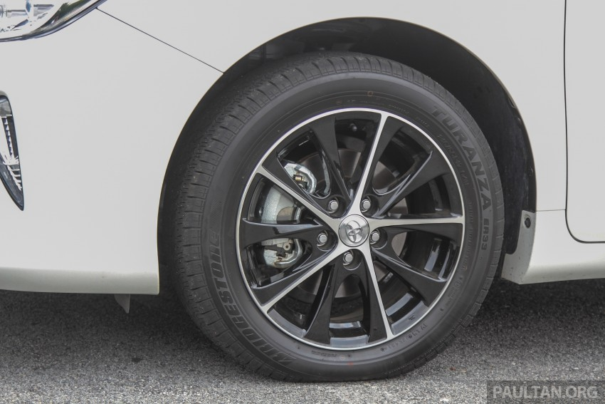 GALLERY: 2015 Toyota Camry – 2.0G or 2.5 Hybrid? Image #337882