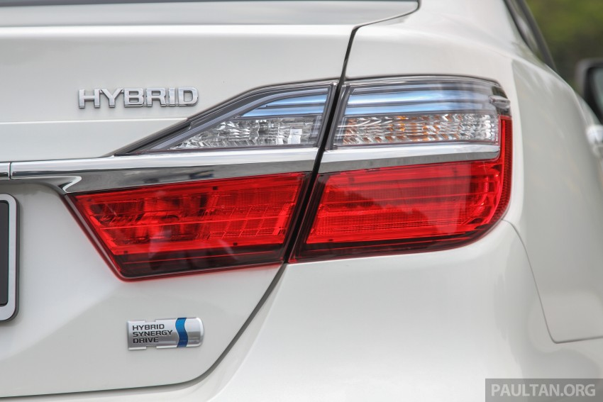 GALLERY: 2015 Toyota Camry – 2.0G or 2.5 Hybrid? Image #337892