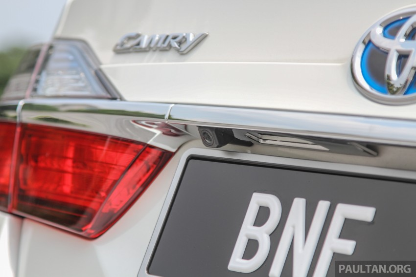 GALLERY: 2015 Toyota Camry – 2.0G or 2.5 Hybrid? Image #337895