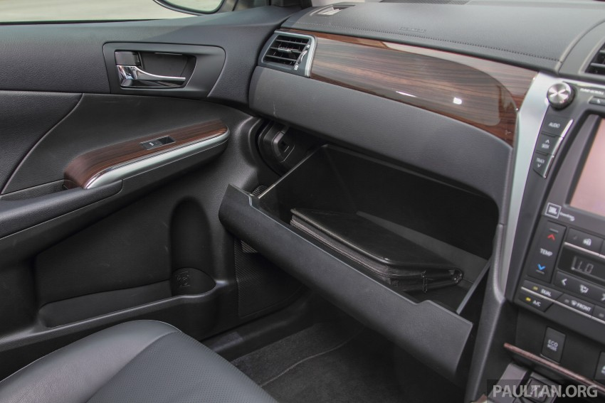 GALLERY: 2015 Toyota Camry – 2.0G or 2.5 Hybrid? Image #337911