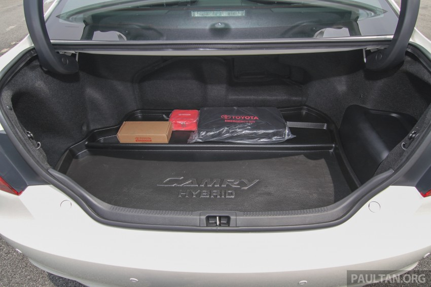 GALLERY: 2015 Toyota Camry – 2.0G or 2.5 Hybrid? Image #337928