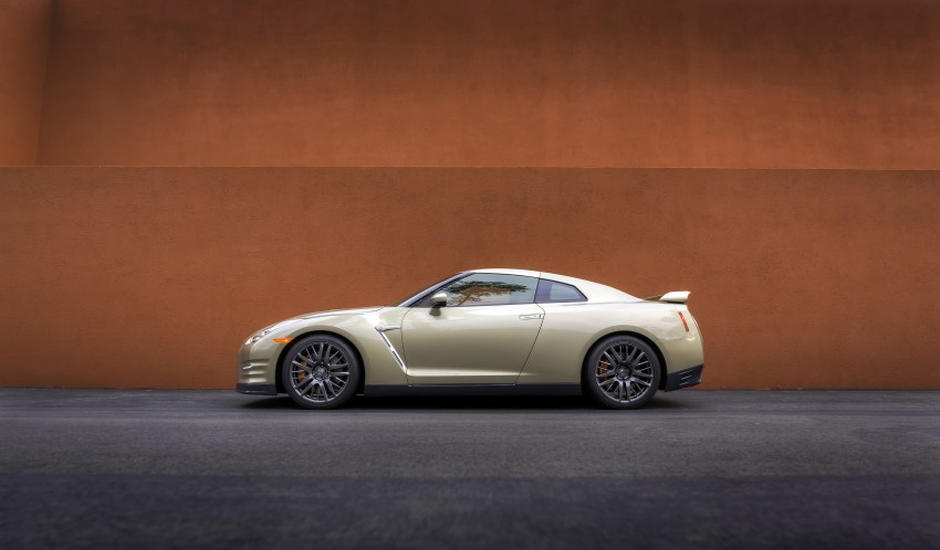 GALLERY: Nissan GT-R 45th Anniversary Gold Edition Image #335111