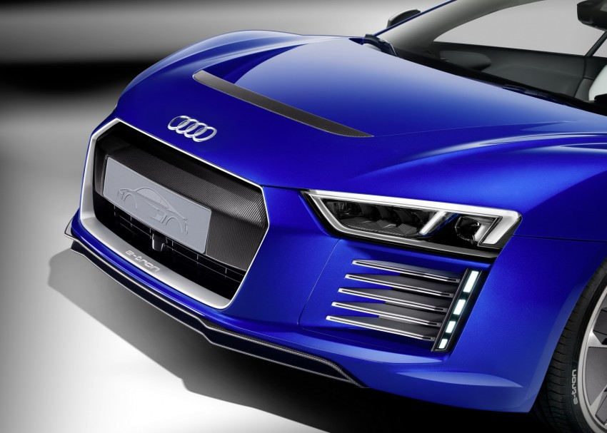 Audi R8 e-tron piloted driving concept unveiled at CES Image #343719