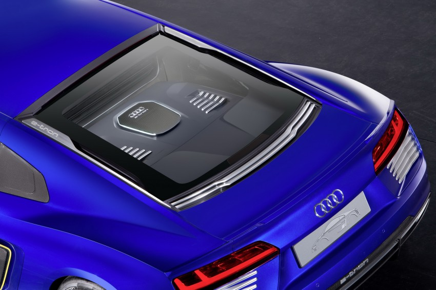Audi R8 e-tron piloted driving concept unveiled at CES Image #343720
