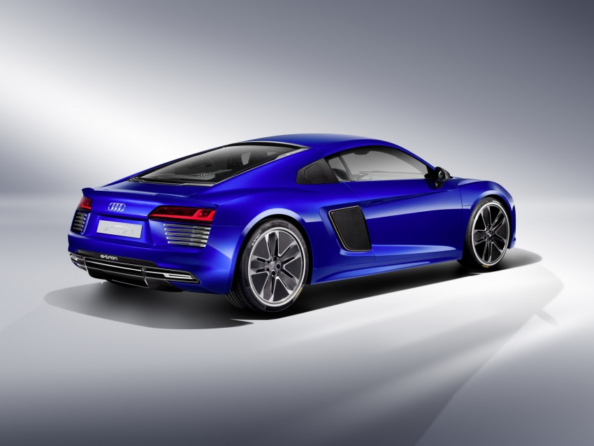 Audi R8 e-tron piloted driving concept unveiled at CES Image #343713