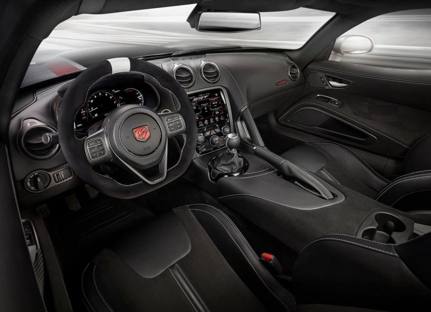 2016 Dodge Viper ACR – fastest street-legal Viper ever Image #337591
