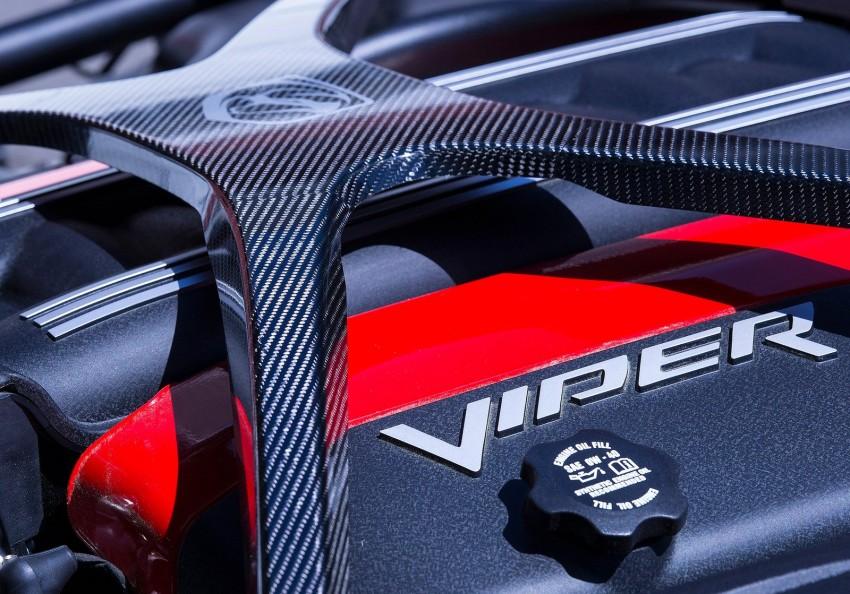 2016 Dodge Viper ACR – fastest street-legal Viper ever Image #337611