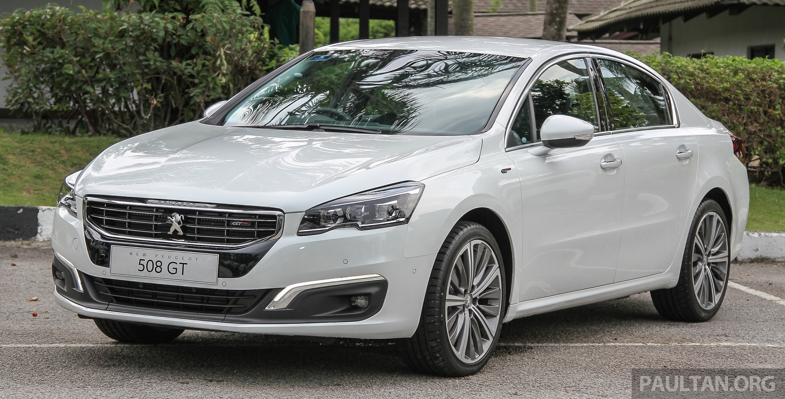 next peugeot 508 sedan to be unveiled in 2018 report. Black Bedroom Furniture Sets. Home Design Ideas