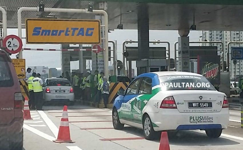 PLUS testing a new gateless gantry toll system? Image #338060
