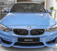 bmw-m3-sedan-showroom 64