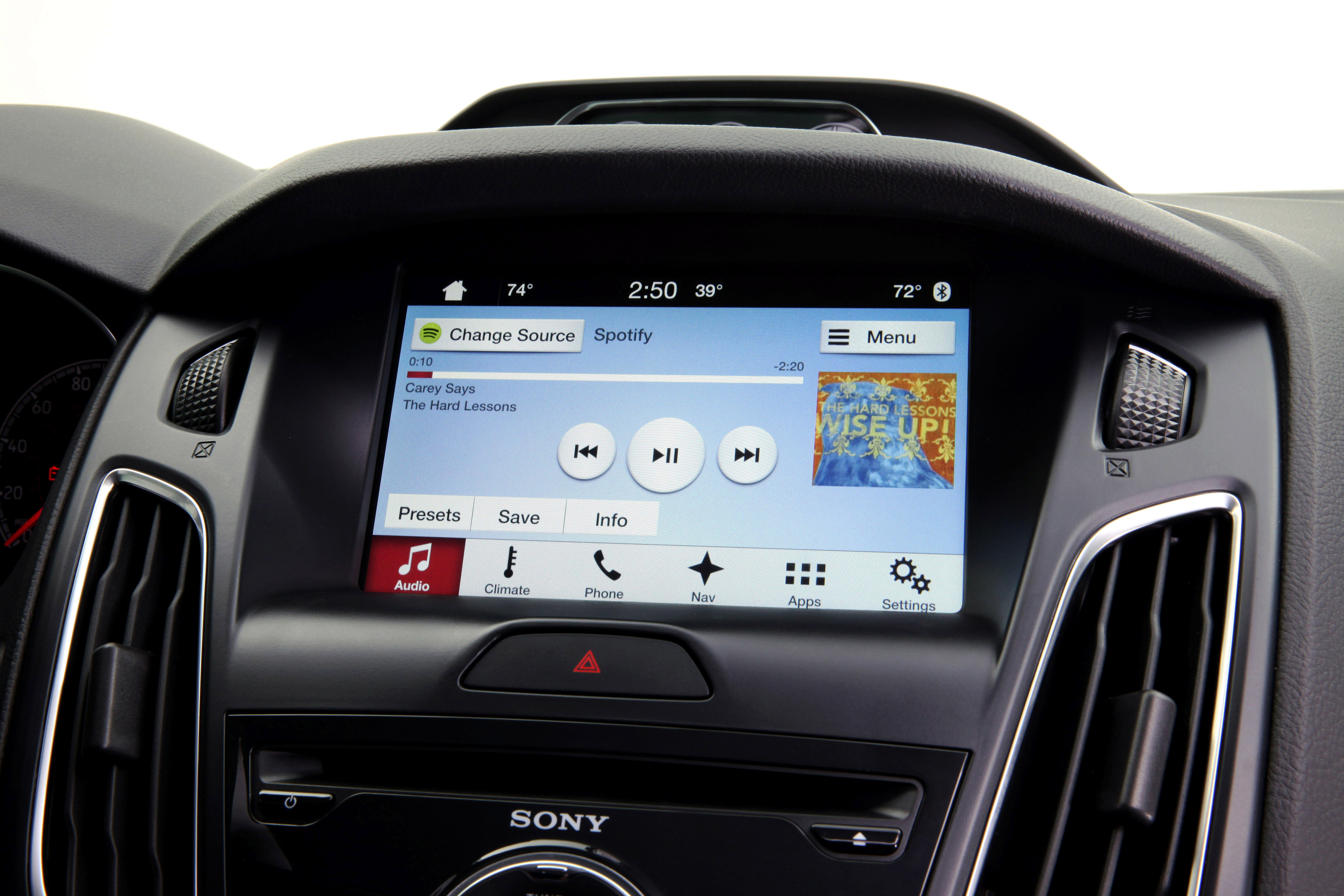 toyota ford to collaborate on connected infotainment platform. Black Bedroom Furniture Sets. Home Design Ideas
