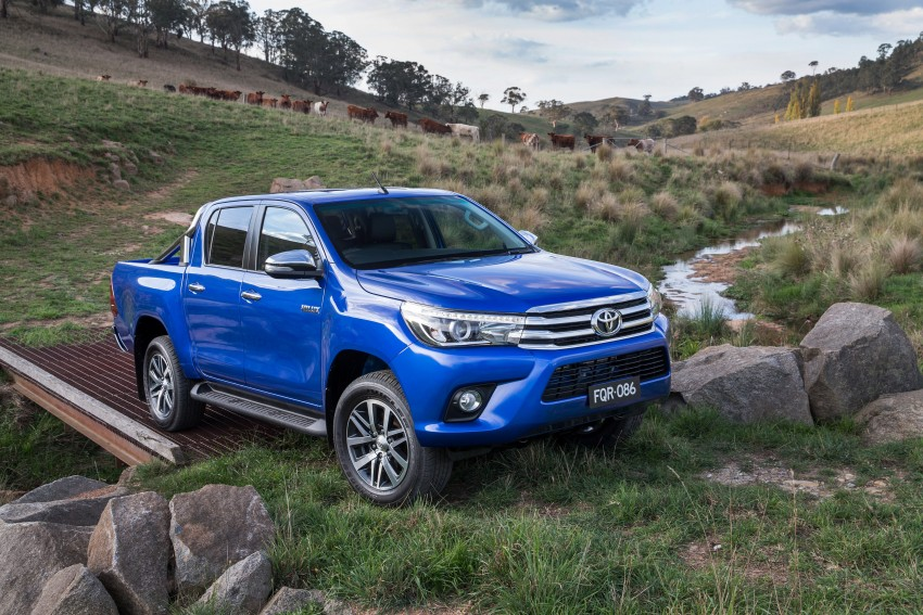 2016 Toyota Hilux – eighth-gen officially unveiled Image #341623