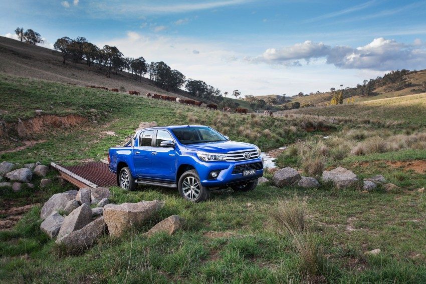 2016 Toyota Hilux – eighth-gen officially unveiled Image #341621