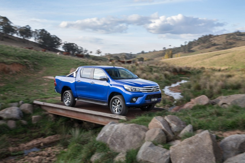 2016 Toyota Hilux – eighth-gen officially unveiled Image #341620