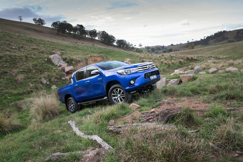 2016 Toyota Hilux – eighth-gen officially unveiled Image #341616