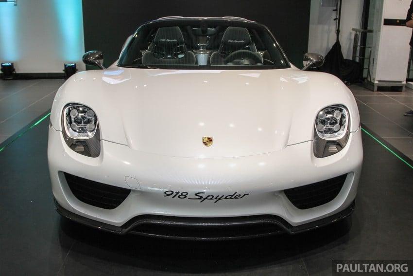 GALLERY: Porsche 918 Spyder hypercar in Malaysia! Image #344386