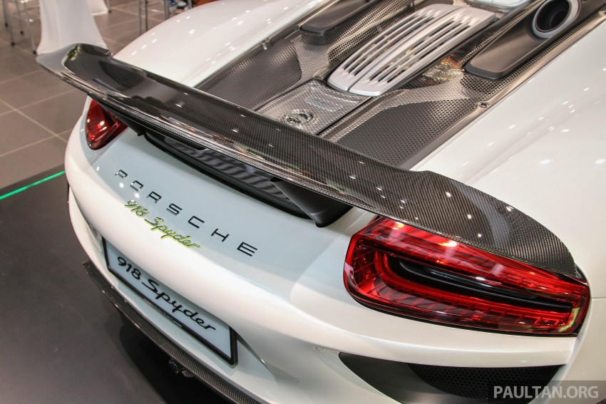 GALLERY: Porsche 918 Spyder hypercar in Malaysia! Image #344403
