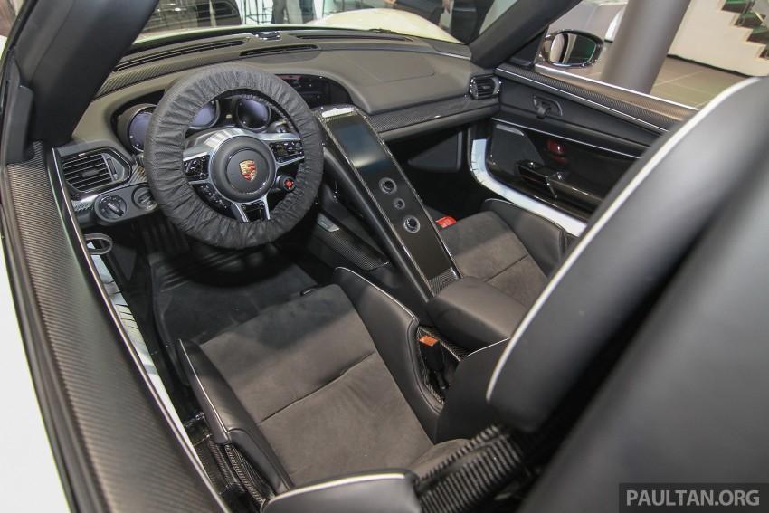 GALLERY: Porsche 918 Spyder hypercar in Malaysia! Image #344413