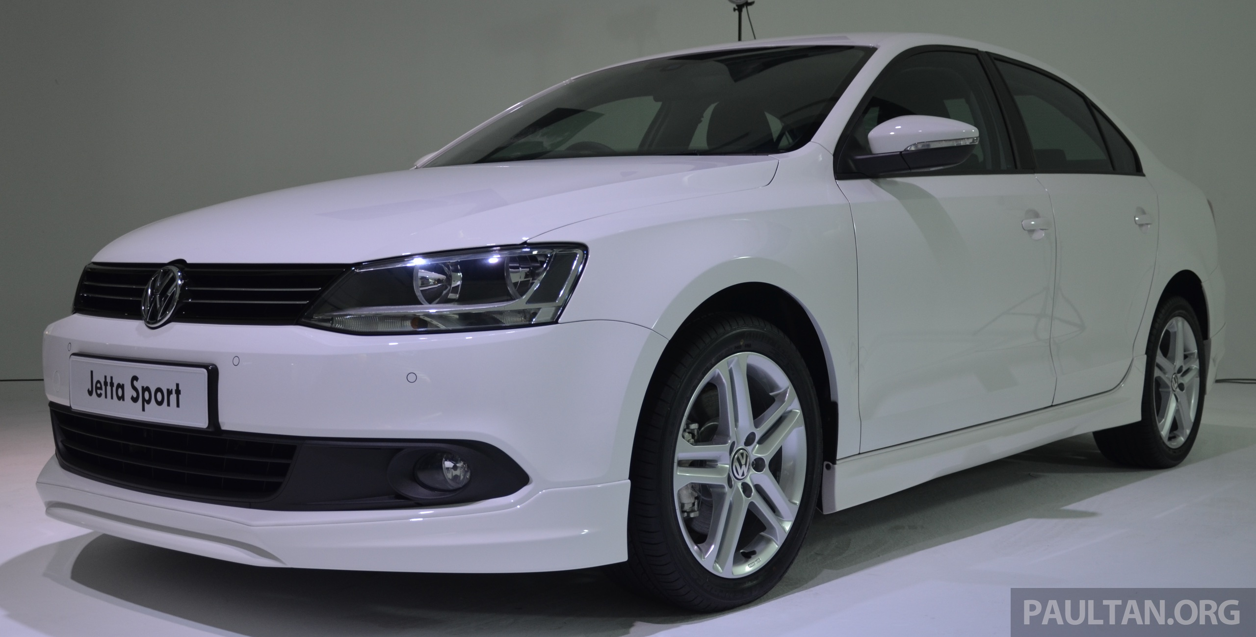 volkswagen jetta club sport edition launched prices   rm rm