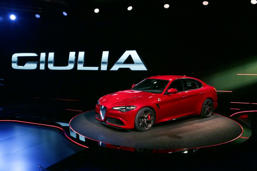 Alfa Romeo Giulia unveiled – RWD with up to 510 hp Image #354036