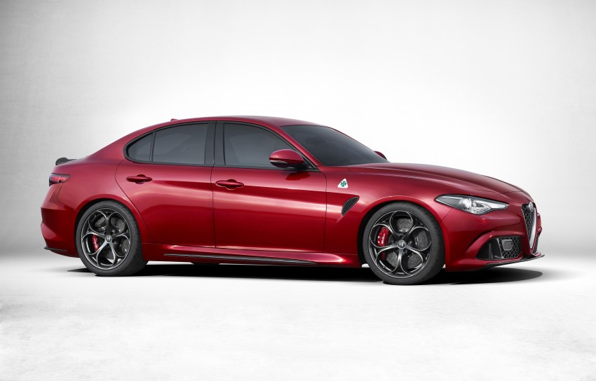 Alfa Romeo Giulia unveiled – RWD with up to 510 hp Image #354044