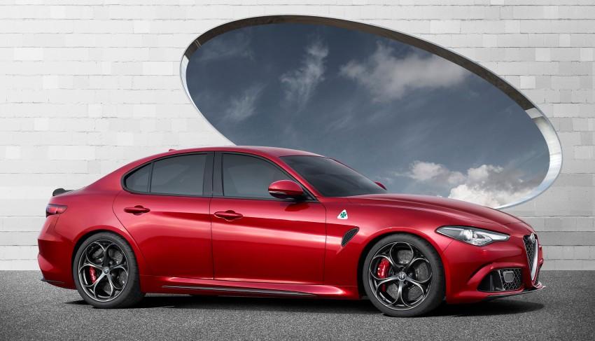 Alfa Romeo Giulia unveiled – RWD with up to 510 hp Image #354046