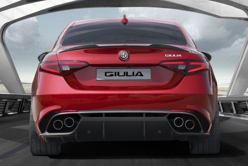 Alfa Romeo Giulia unveiled – RWD with up to 510 hp Image #354041
