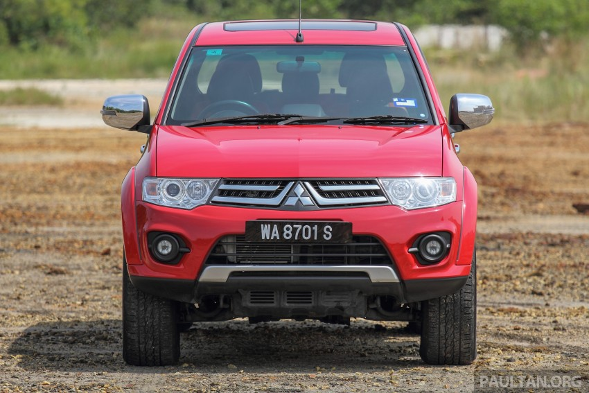 GALLERY: New and old Mitsubishi Triton, side-by-side Image #346667