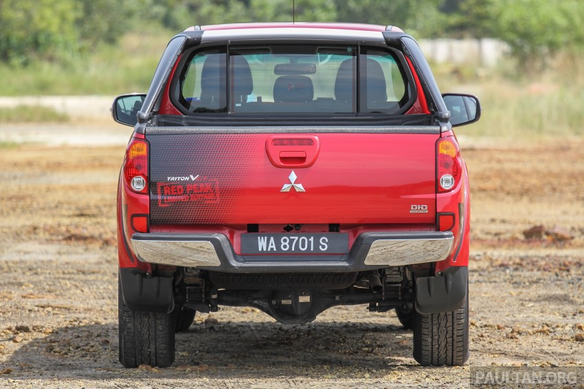GALLERY: New and old Mitsubishi Triton, side-by-side Image #346682
