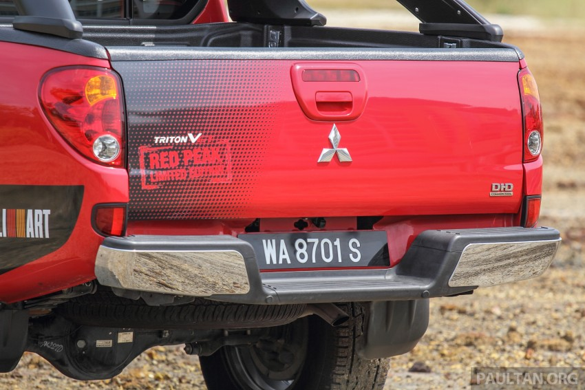 GALLERY: New and old Mitsubishi Triton, side-by-side Image #346685