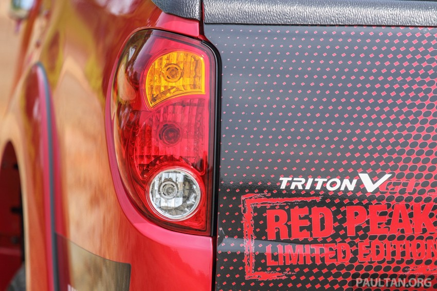 GALLERY: New and old Mitsubishi Triton, side-by-side Image #346687